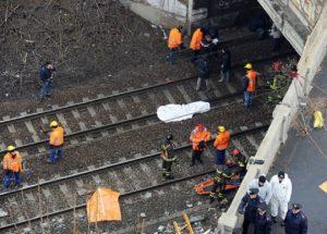 Pietrasanta (Lucca): donna investita da treno sulla linea Livorno-La Spezia