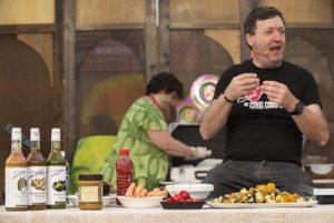 """Chef Kumalé lascia la Prova del Cuoco: """"Anche qui lo slogan Solo gli italiani..."""""""