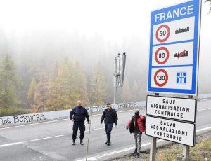 """Migranti, il Viminale accusa ancora la Francia: """"Minori respinti illegalmente verso l'Italia"""""""