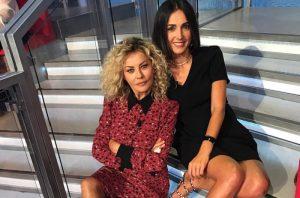 "Eva Grimaldi da Caterina Balivo: ""Sean Penn bacia benissimo e ascolta sempre Mozart"""