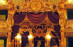 Venezia, principio di incendio al teatro La Fenice: situazione sotto controllo (foto Ansa)