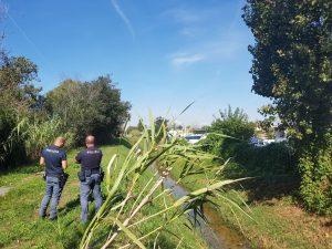 Fiumicino, cadavere in un canale all'Isola Sacra: forse è una donna scomparsa