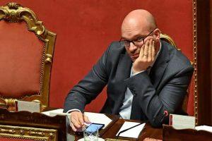 """Matteo Castagna, amico del ministro Fontana: """"Chi pratica l'aborto è un assassino"""""""