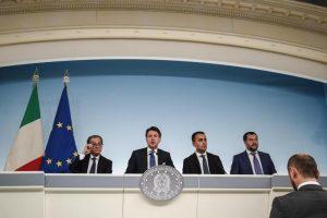 Manovra: reddito di cittadinanza, pensioni, flat tax. 20 miliardi per Lega e M5s