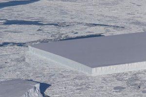 Iceberg tagliato a rettangolo. Come? Natura misteriosa e teoria delle unghie spezzate