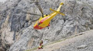 Forni di Sopra (Udine), incidente in montagna: precipita in un dirupo e muore (foto d'archivio Ansa)