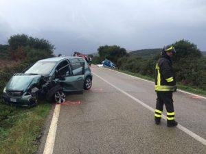 Arzachena (Sassari), auto fuori strada per la pioggia: muore a 18 anni