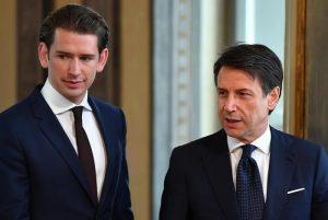 """Manovra, il sovranista Kurz: """"L'Italia gioca a fare la Grecia, l'Austria non si accollerà i suoi debiti"""""""
