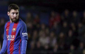 Messi vuole recuperare dall'infortunio per giocare Inter-Barcellona