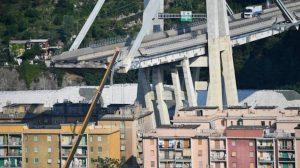 Bologna, 53 giorni per ricostruire il viadotto. Genova, ancora stallo 49 giorni dopo il disastro