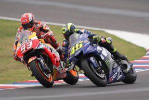 MotoGp Thailandia griglia di partenza, Marquez in pole. Valentino Rossi torna a brillare