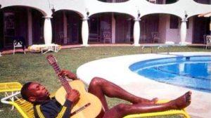 """Pelè: """"John Lennon? Gli ho insegnato a suonare la chitarra"""""""