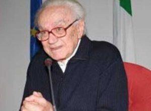 Don Giovani Barbareschi è morto: prete partigiano, salvò ebrei e antifascisti