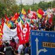 Secondo le stime sono stati tra 4mila e 5mila i manifestanti a Riace