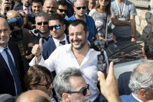 """Condono """"a gamba tesa"""" contro le tasse. Matteo Salvini: super sconti sul dovuto, non solo su interessi e more"""