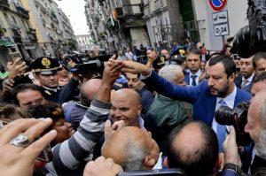 "Salvini a Napoli, Messina dei 99 Posse: ""Manifestanti pagati 20 euro"" (foto Ansa)"