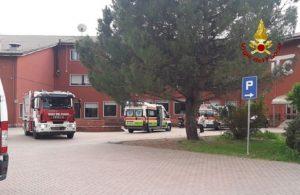 """Sarzana, spruzzano spray urticante: 1500 evacuati dal """"Parentucelli Arzelà"""" (foto d'archivio Ansa)"""
