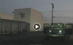 California, agenti picchiano ubriaco: loro versione smentita da video polizia