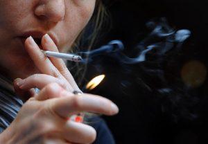 Manovra, aumentano le tasse sulle sigarette (foto Ansa)