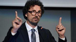 """Toninelli è convinto che il Tunnel del Brennero esista già: """"Molti imprenditori lo utilizzano"""""""