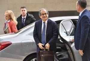 Manovra, Tria anticipa rientro a Roma: non andrà all'Ecofin