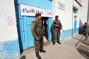 Tunisia, kamikaze donna si fa esplodere in pieno centro a Tunisi