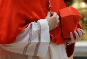 """Don Gianfranco Del Neso, """"Presto sarò papà"""". Vescovo lo sospende ma ringrazia per la sincerità"""