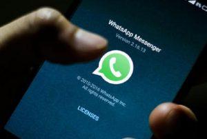 """WhatsApp, arriva la funzione""""Vacation Mode"""" per nascondere i contatti (foto Ansa)"""