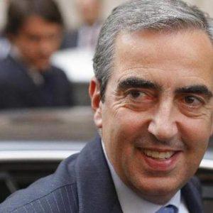 """Forze Armate, Vito Crimi censura lo spot, Gasparri (nella foto) al ministro Trenta: """"Voto zero"""""""