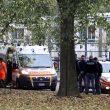 Milano, intrusa in metro fa scattare calo tensione: brusca frenata, passeggeri feriti08
