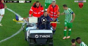 Musacchio, VIDEO infortunio Betis-Milan: esce in barella ma dopo soccorsi sta meglio