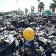 Emergenza rifiuti, a Torre del Greco bruciano i cumuli nella notte. E Di Maio e Salvini litigano...01