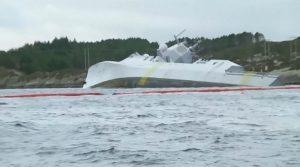 Norvegia, collissione fregata e petroliera 3