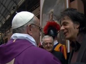 Emanuela Orlandi, no al perito di parte. Pignatone blocca (per ora) il fratello Pietro (nella foto mentre chiede e non ottiene udienza privata a Papa Francesco)