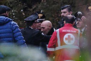Pieve Modolena, Francesco Amato barricato in posta: carabinieri liberano gli ostaggi 20