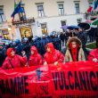 Terra dei fuochi, Salvini contestato a Caserta4
