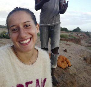 Silvia Romano è ancora viva: speranza per l'italiana rapita in Kenya