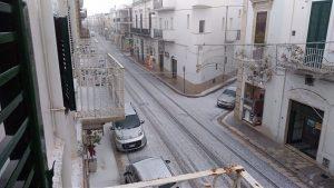 Polignano (Bari) imbiancata per una violenta gradinata 5