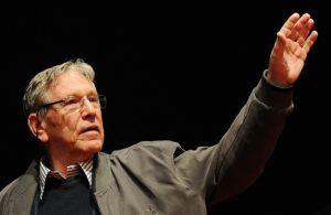 Amos Oz è morto: addio allo scrittore che sognava la pace tra arabi e israeliani