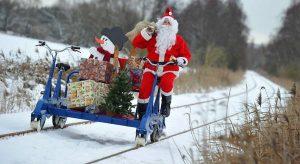Babbo Natale sbaglia regalo, bimbo tedesco chiama la Polizei. Che fa le indagini
