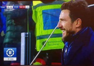 Cagliari pareggia al 95' in nove uomini, Di Francesco sorride in panchina