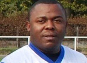 Francia, calciatore dilettante si accascia a terra e muore in campo