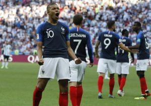 Calciomercato Juventus: Mbappé e James Rodriguez i sogni. Romero operazione concreta