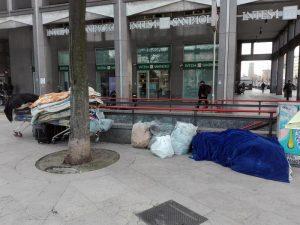 Clochard ucciso a Palermo, ragazzo di 16 anni confessa