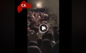 Corinaldo (Ancona): il VIDEO del crollo della balaustra fuori dalla discoteca