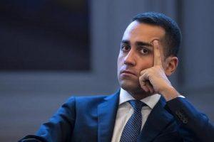 """Di Maio: """"Berlusconi sta per comprare parlamentari M5S. Ho detto ai miei di registrare"""""""