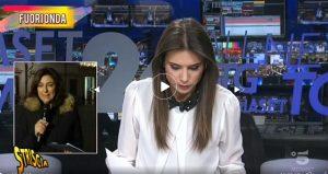 """TgCom24, il fuorionda mostrato da Striscia la Notizia. Elena Tambini contro la Cannavò: """"E' una cretina"""""""