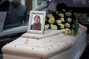 Eleonora Girolimini, funerali a Senigallia per la mamma morta per proteggere la figlia in discoteca