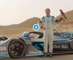 Formula E, Felipe Massa sfida il falco Pellegrino: il VIDEO mozzafiato