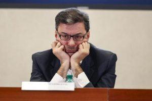 Reddito di cittadinanza, fai un gratta e vinci, vai in galera: crisi Lega-M5s in vista? Nella foto Giancarlo Giorgetti.